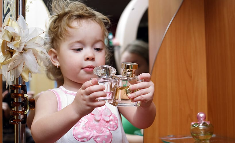 Parfüm selbst gemacht - eine tolle Idee für den Kindergeburtstag
