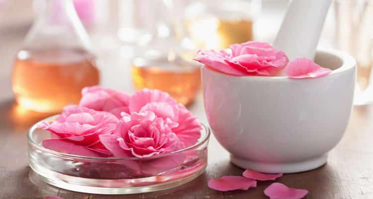 Parfüm aus Blüten - für einen natürlichen Duft