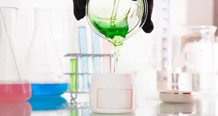 Parfüm selber mixen - im praktischen Set gelingt es garantiert